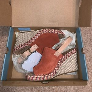 TOMS Monica Spice Suede Leather Sandal